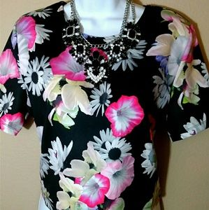 H&M divided black(floral) shirt